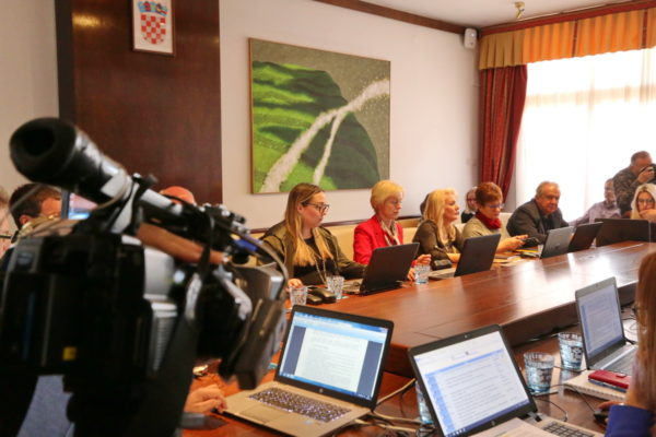 Grad Rijeka podupire udruge koje pružaju socijalne usluge za građane Rijeke