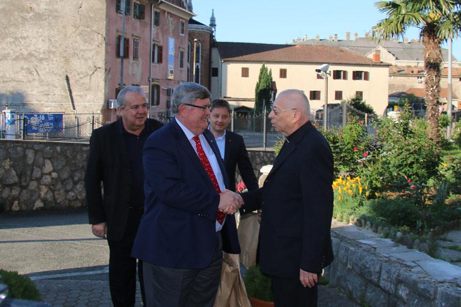 Gradonačelnik čestitao Uskrs riječkom nadbiskupu Katoličke crkve
