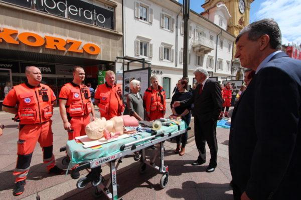 Susret s timovima medicinskih pomoći na Korzu