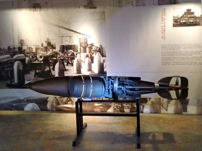 Izložba o Riječkom torpedu na brodu Dresden u gradu Rostocku