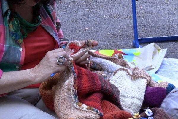 U aktivnosti su se uključile i članice radionice pletenja