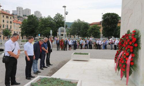 Dan antifašističke borbe – položeni vijenci na Spomeniku oslobođenja