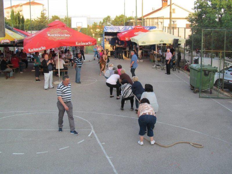 Dani MO Grbci na košarkaškom igralištu 2018., potezanje konopa