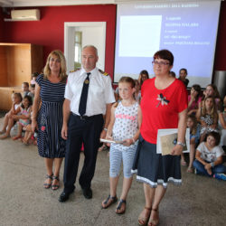 Dodijeljene nagrade riječkim osnovnoškolcima za najbolje radove o vatrogastvu