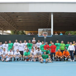 Humanitarna utakmica na obnovljenom košarkaškom terenu (foto: Dean Birtić)