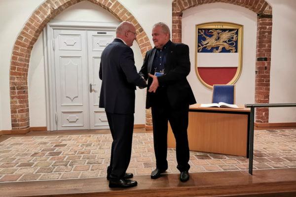 Zamjenik gradonačelnika Ivaniš s gradonačelnikom Rostocka Rolandom Methlingom na primanju za gradove prijatelje u Gradskoj vijećnici Rostocka