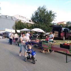 Štandovi sajma zdrave hrane i zelene tržnice
