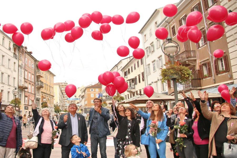 Dan ružičaste vrpce - puštanje balona