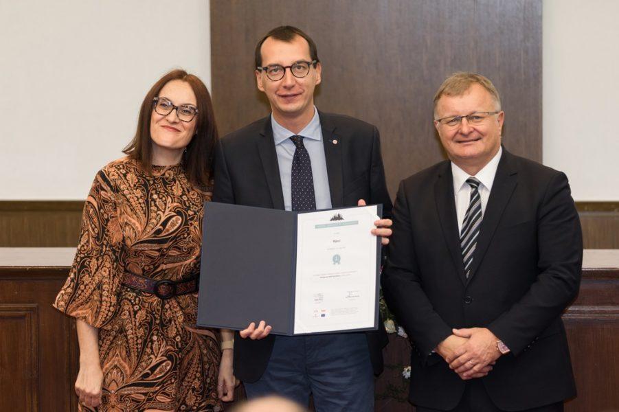 Nagrade je u ime Grada Rijeke, preuzeo Marko Filipović, zamjenik gradonačelnika Rijeke