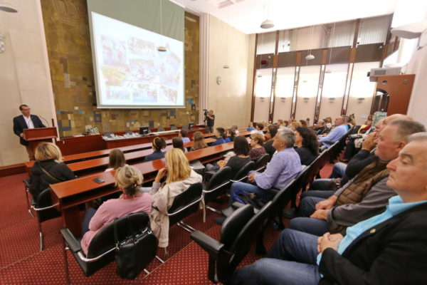 Zahvalu svima koji su dali svoj doprinos u realizaciji projekata zahvalio zamjenik gradonačelnika Filipović