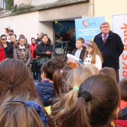 U programu otvorenja sudjelovala su djeca OŠ Nikola Tesla i Gelsi