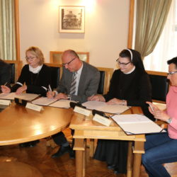 Potpisivanje ugovora s ustanovama o programima zdravstva i socijalne skrbi za 2020. godinu