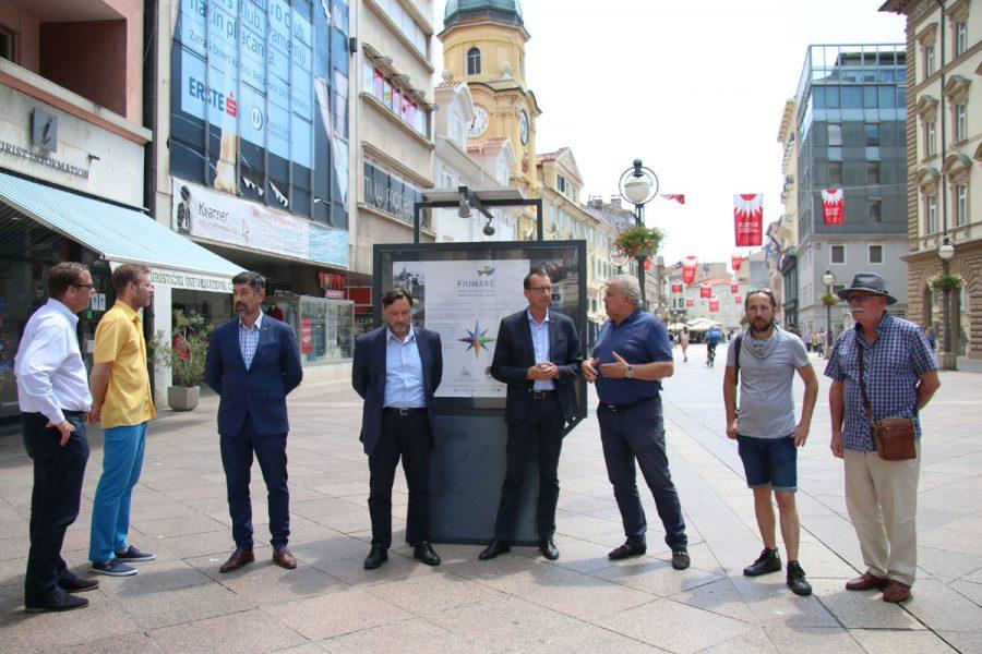Na Korzu postavljena izložba posvećena festivalu Fiumare