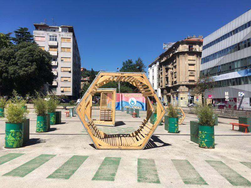 Drveni paviljoni na Klobučarićevom trgu