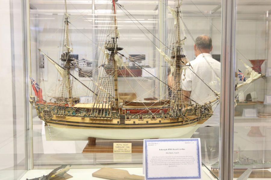 Maketa Jedrenjak HMS Royal Caroline Mile Bijelića