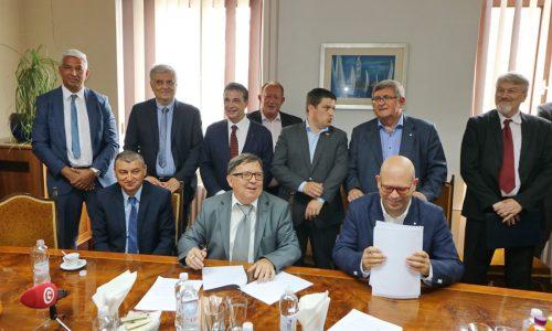 Potpisivanje ugovora o potkoncesiji u brodogradilištu 3. maj
