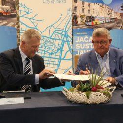 Potpisivanje ugovora za nabavku 17 autobusa u sklopu EU projekta Jačanje sustava javnog prijevoza