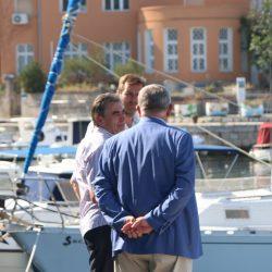 Tegljenje broda Galeb na dokovanje u Viktor Lenac
