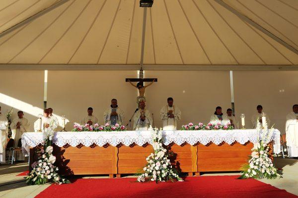 Središnju misu predvodio riječki nadbiskup Devčić