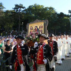 Održana samo kratka svećenička procesija s čudotvornim likom Gospe Trsatske