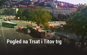 Pogled na Trsat i Titov trg