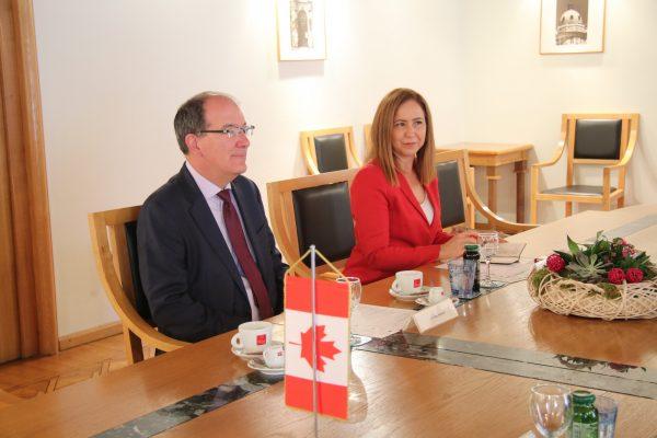 Kanadski veleposlanik Nj.E. Alan Bowman