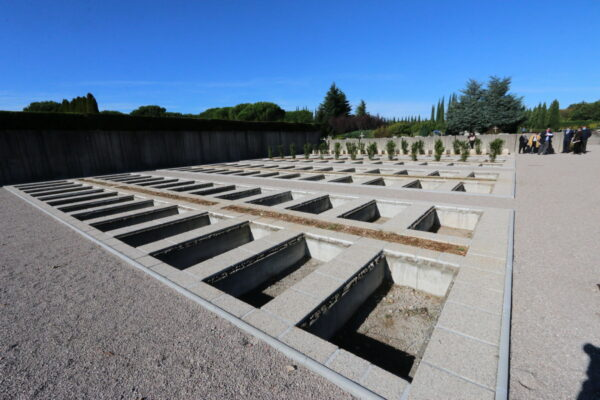Dograđena Aleja ima 104 grobna mjesta
