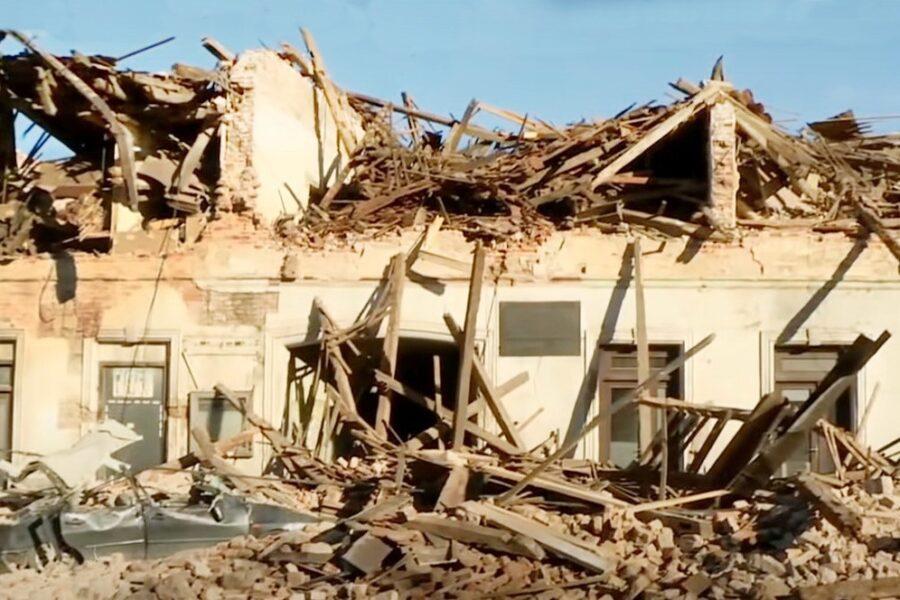 Petrinja pogođena zemljotresom