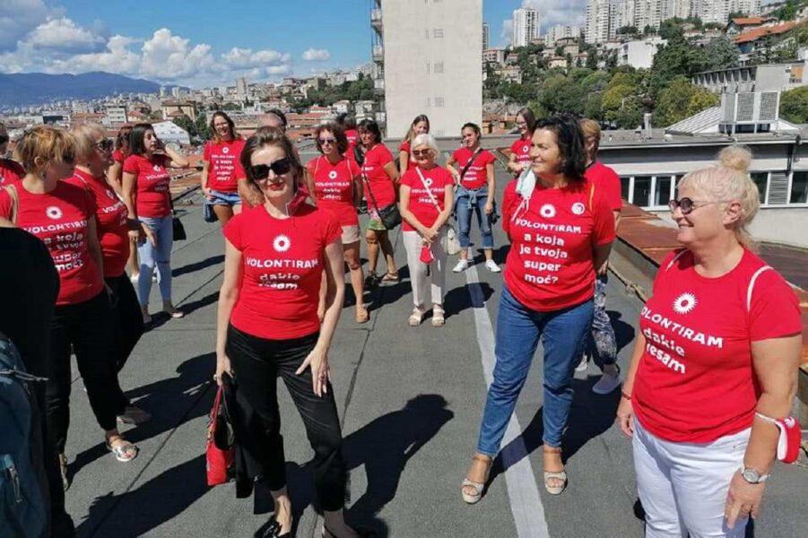 Volonteri EPK na krovu HKDa