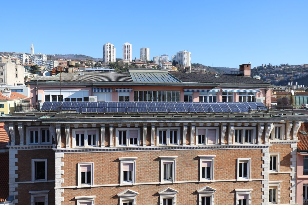 Solarni paneli na zgradi Gradske uprave