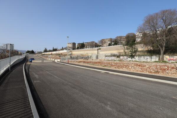 Križanje Liburnijske i odvojka prema budućoj poslovno-stambenoj zoni na Krnjevu 2