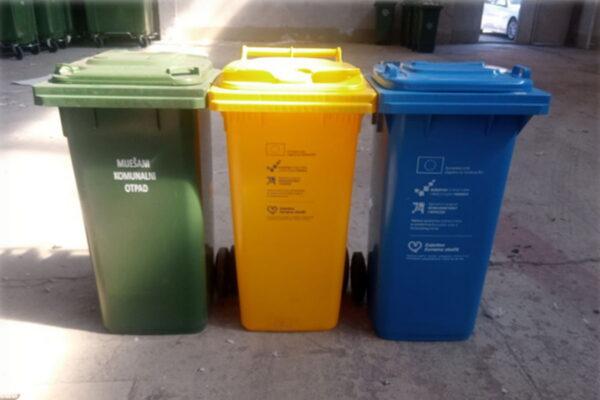 Obiteljske kuće dobivaju tri individualna spremnika za odlaganje otpada