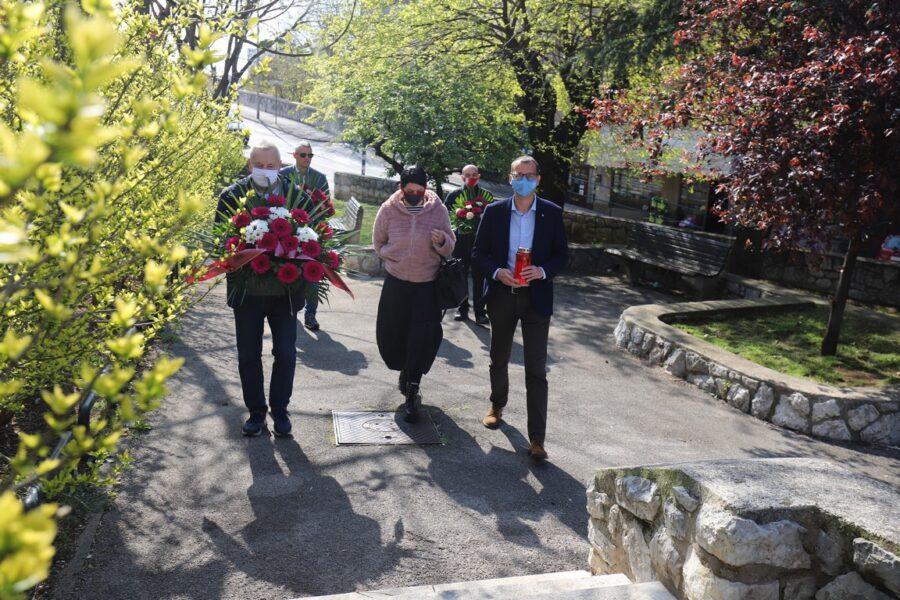 Polaganje vijenaca u Spomen parku Krimeja