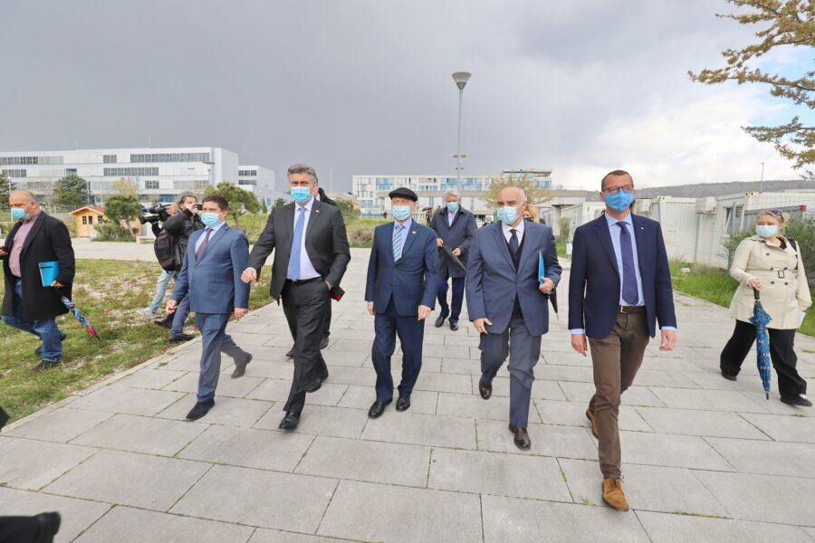 Predsjednik Vlade Plenković obišao gradilište Nove bolnice na Sušaku