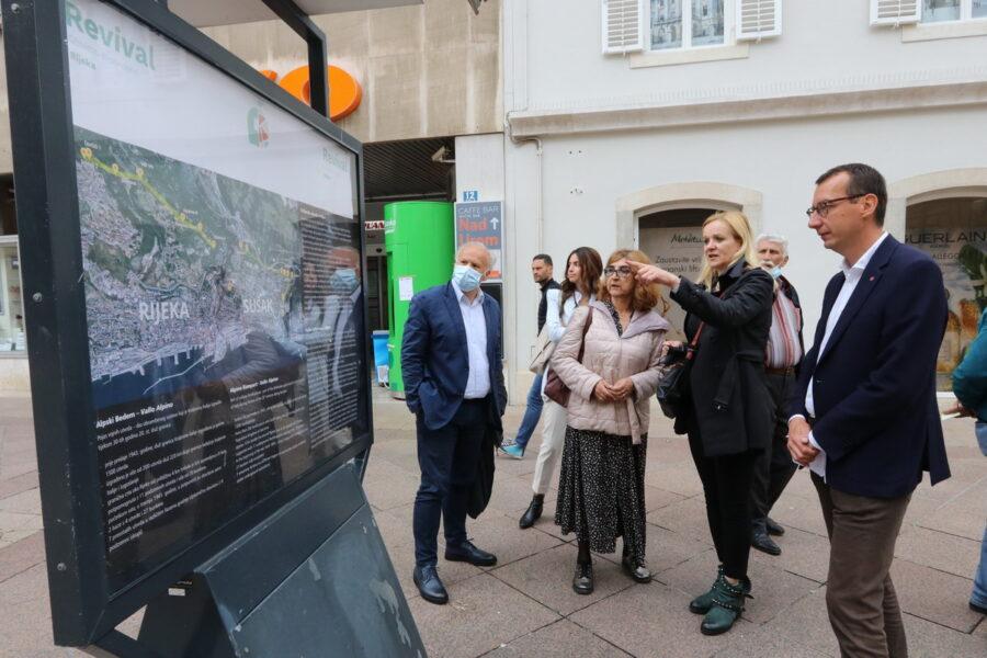 Izložba na postamentima posvećena EU projektu Revival