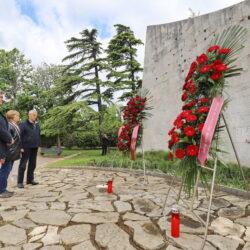 Polaganje vijenaca - spomenik na Trsatu