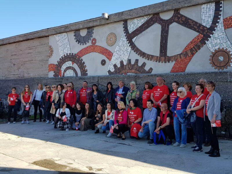Predstavljanje mozaika posvećenog volonterima EPK na Riječkom lukobranu