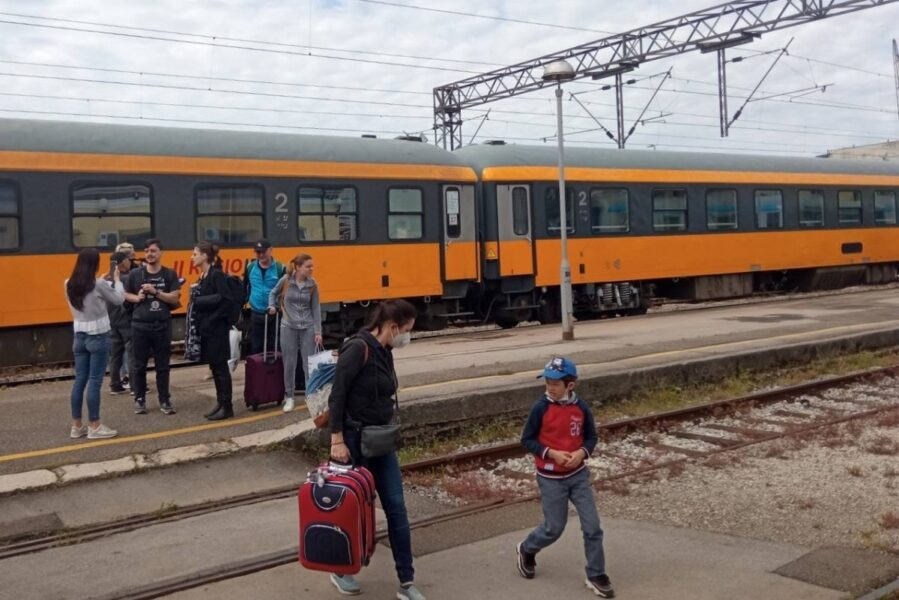 Prvi sezonski vlak RegioJeta u Rijeci 2021