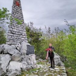 Spomenik na brdu Lubanj