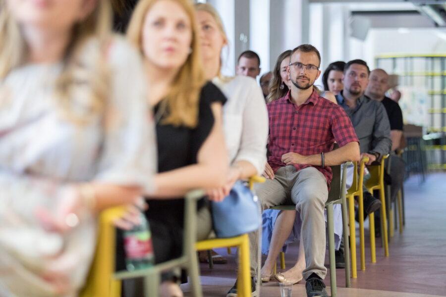 Demo dan Startup inkubatora