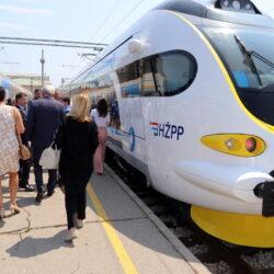 Novi vlak na riječkome području 36