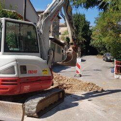 Radovi na izgradnji vodovodnog ogranka u ulici Mire Radune Ban